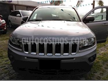 Foto venta Auto Seminuevo Jeep Compass 4x2 Latitude Aut (2015) color Plata precio $228,000