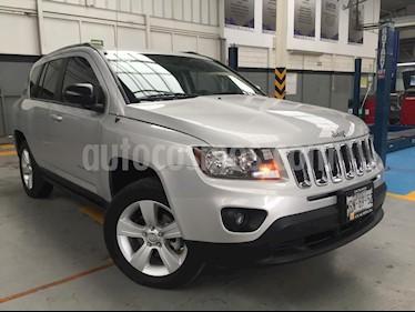 Foto venta Auto Seminuevo Jeep Compass 4x2 Latitude (2014) color Plata precio $210,000