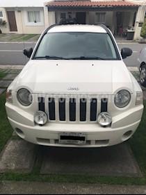 Foto venta Auto Seminuevo Jeep Compass 4x2 Sport CVT (2008) color Blanco precio $105,000