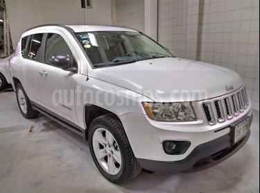Foto venta Auto Seminuevo Jeep Compass 4x2 Sport CVT (2013) color Blanco precio $185,000