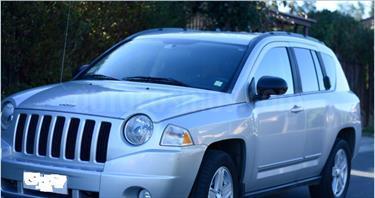 Foto venta Auto usado Jeep Compass  Sport 2.4L  (2012) color Gris Plata  precio $6.800.000