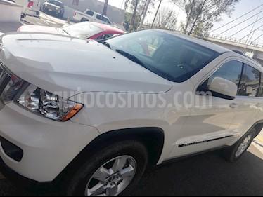 Foto venta Auto usado Jeep Grand Cherokee Laredo 3.6L 4x2 (2011) color Blanco precio $225,000