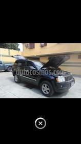 Foto venta carro Usado Jeep Grand Cherokee Laredo 4.7L Aut 4x4 (2007) color Negro precio u$s4.000