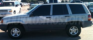 foto Jeep Grand Cherokee Laredo 4x2 3.6L V6 Lujo