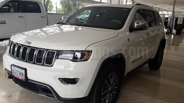Foto venta carro usado Jeep Grand Cherokee Limited 4.7L Aut 4x4 (2017) color Blanco precio u$s41.000