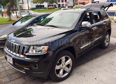 Foto Jeep Grand Cherokee Overland 5.7L V8 4x4 Tech Group