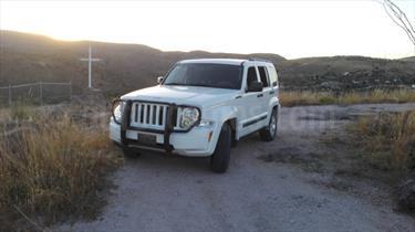 Foto venta Auto Usado Jeep Liberty Sport 4x2 (2012) color Blanco precio $175,000