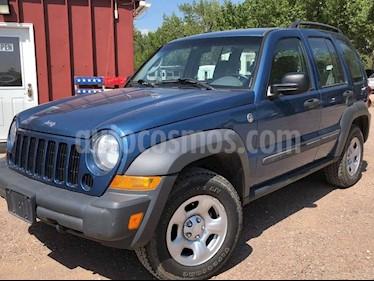 Foto venta Auto Usado Jeep Liberty Sport 4X4 (2006) color Gris precio u$s4,295