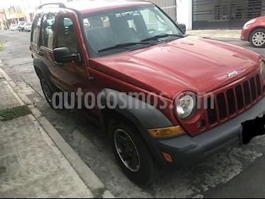 Foto venta Auto Seminuevo Jeep Liberty Sport 4X4 (2007) color Rojo precio $89,000