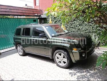 Foto venta Auto usado Jeep Patriot 4x2 Base CVT (2007) color Verde Oliva precio $120,000