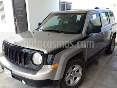 Foto venta Auto usado Jeep Patriot 4x2 Limited CVT (2011) color Plata precio $130,000