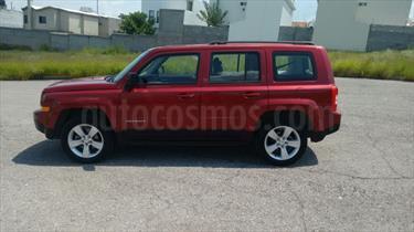 Foto venta Auto Usado Jeep Patriot 4x2 Sport Aut (2014) color Rojo Cerezo precio $190,000