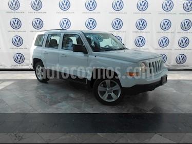 Foto venta Auto Seminuevo Jeep Patriot 4x2 Sport Aut (2016) color Blanco precio $231,000