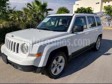 Foto venta Auto Seminuevo Jeep Patriot 4x2 Sport (2016) color Blanco precio $216,000