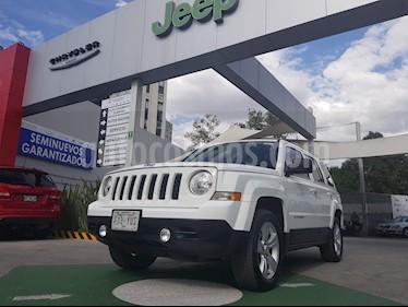 Foto venta Auto Usado Jeep Patriot 4x2 Std  (2013) color Blanco precio $180,000