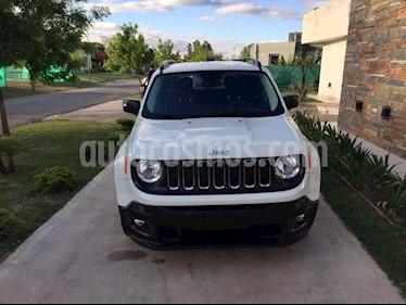Foto venta Auto Usado Jeep Renegade Sport (2018) color Blanco precio $677.000
