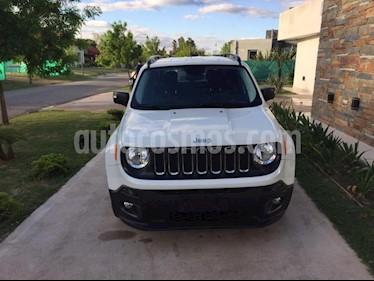 Foto venta Auto Usado Jeep Renegade Sport (2018) color Blanco precio $662.000