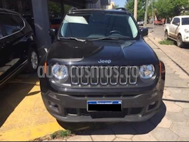 Foto venta Auto Usado Jeep Renegade Sport (2017) color Negro precio $750.000