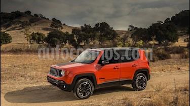 Foto venta Auto Usado Jeep Renegade Trailhawk 4x4 (2018) precio $1.097.000