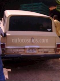 Foto venta carro usado Jeep Wagoneer 4X2 (1967) color Celeste precio u$s1.000