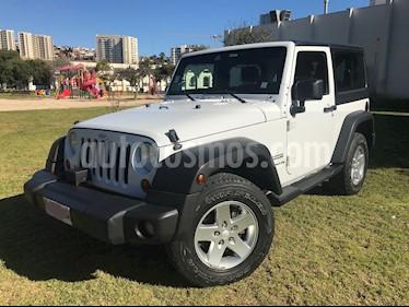 Foto Jeep Wrangler 3.6L Sport  2P usado (2013) color Blanco precio $15.500.000
