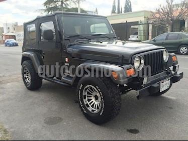 Foto venta Auto Seminuevo Jeep Wrangler Rubicon 4x4 4.0L Techo Duro Aut (2004) color Negro precio $105,000