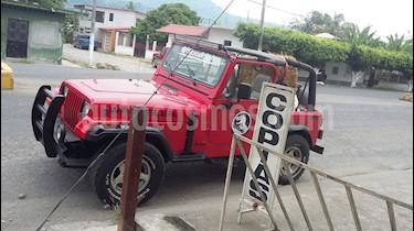 Foto venta Auto usado Jeep Wrangler SE Techo Duro (1995) color Rojo precio $105,000