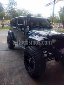 Foto venta Auto Seminuevo Jeep Wrangler Unlimited Sahara 4x4 3.6L Aut (2017) color Gris precio $900,000