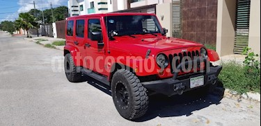 Foto venta Auto Seminuevo Jeep Wrangler Unlimited Sahara 4x4 3.6L Aut (2012) color Rojo precio $410,000