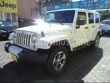 Foto venta Auto Seminuevo Jeep Wrangler Unlimited Sahara 4x4 3.6L Aut (2016) color Blanco precio $545,000