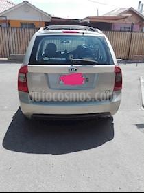 Foto venta Auto Usado Kia Carens  2.0L Diesel  (2007) color Bronce precio $5.500.000