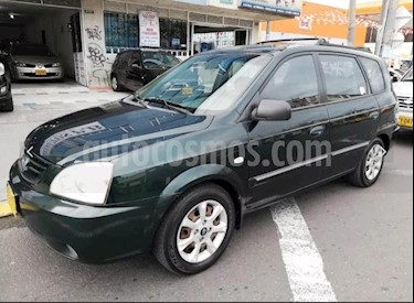 Foto venta Carro Usado KIA Carens 2.0L (2005) color Verde precio $17.900.000