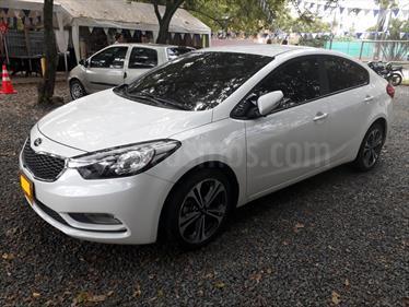 Foto venta Carro usado KIA Cerato Pro 1.6L Aut (2015) color Blanco precio $57.000.000
