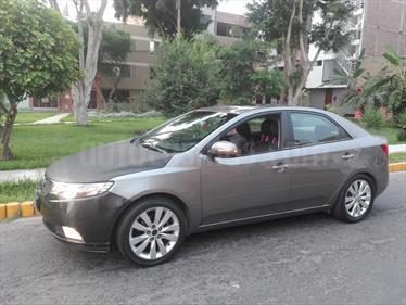 Foto venta Auto usado KIA Cerato 1.6L LX  (2012) color Plata Titanium precio u$s10,500