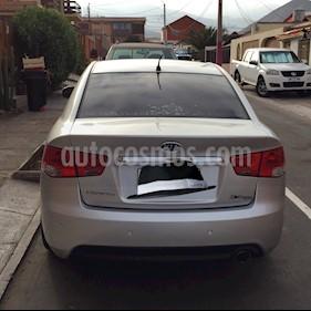 Foto Kia Cerato 1.6L SX AC ABS  usado (2011) color Plata precio $5.000.000