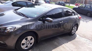 Foto Kia Cerato EX 1.6L  usado (2013) color Plata Gris precio $6.750.000