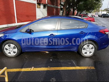 Foto venta Auto Seminuevo Kia Forte L (2017) color Azul precio $215,000