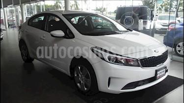 Foto venta Auto Seminuevo Kia Forte L (2018) color Blanco Perla precio $224,000