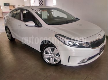 Foto venta Auto Seminuevo Kia Forte LX Aut (2018) color Blanco precio $260,000