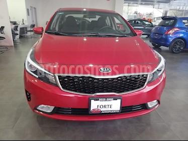 Foto venta Auto Seminuevo Kia Forte LX Aut (2018) color Rojo Carmesin precio $250,000