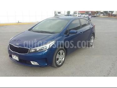 Foto venta Auto Seminuevo Kia Forte LX (2017) color Azul precio $210,000