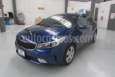 Foto venta Auto Seminuevo Kia Forte LX (2018) color Azul precio $241,000