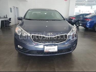 Foto venta Auto Seminuevo Kia Forte SX Aut (2016) color Azul Electrico precio $244,000