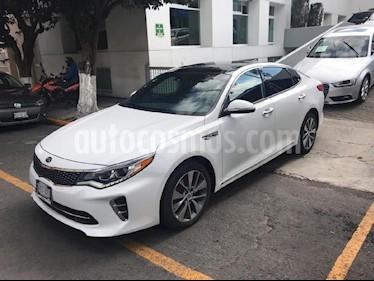 Foto venta Auto Seminuevo Kia Optima 2.0L Turbo GDI SXL (2017) color Blanco precio $369,900