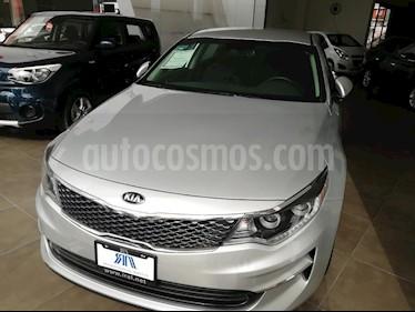 Foto venta Auto Seminuevo Kia Optima 2.4L GDI EX (2018) color Plata precio $375,000