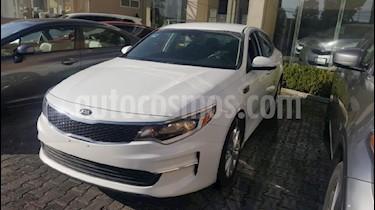 Foto venta Auto Seminuevo Kia Optima 2.4L GDI LX (2016) color Blanco precio $265,000