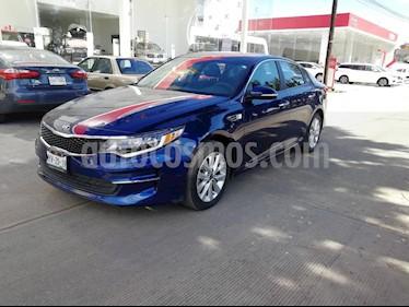 Foto venta Auto Seminuevo Kia Optima 2.4L GDI LX (2016) color Azul precio $237,000