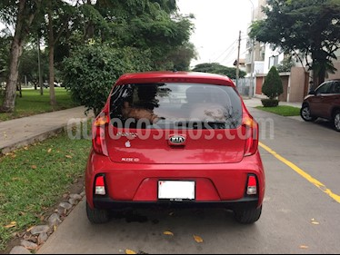 Foto KIA Picanto 1.2L EX Full Aut usado (2017) color Rojo precio u$s10,900