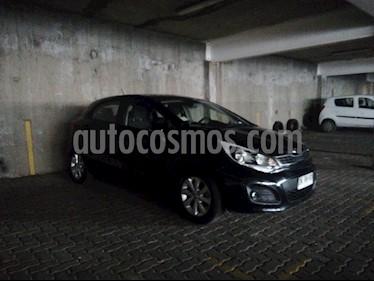 Kia Rio 5  1.4L EX Sport  usado (2012) color Negro precio $6.000.000