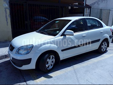 Kia Rio 5  1.4L EX  usado (2007) color Blanco precio $3.700.000